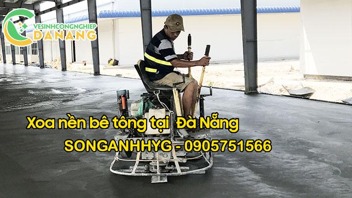 Thi công xoa nền bê tông bằng máy xoa tự hành tại Đà Nẵng