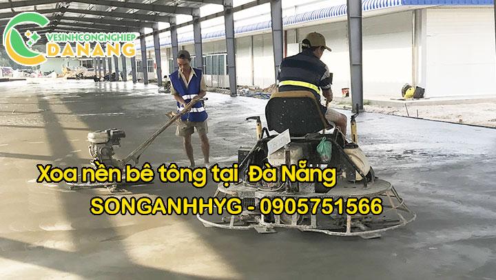 Xoa nền bê tông bằng máy xoa tự hành tại Đà Nẵng