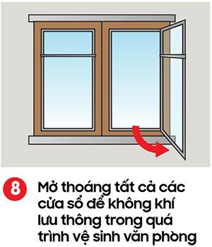 Mở thoáng tất cả các cửa sổ trong phòng nếu có thể để thông gió - kỹ thuật lau sàn nhà